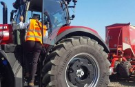 CASE IH OPTUM 300 CVX. FINALISTA TRACTOR OF THE YEAR 2017