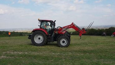 "CASE MAXXUM 145 MULTICONTROLLER. CANDIDATO CATEGORÍA ""TRACTOR OF THE YEAR 2019"""